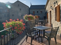 apartamento rural pirineo con jardin